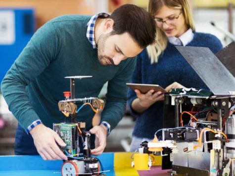 Werkgevers pleiten voor intensieve samenwerking rondom investeringen techniekonderwijs