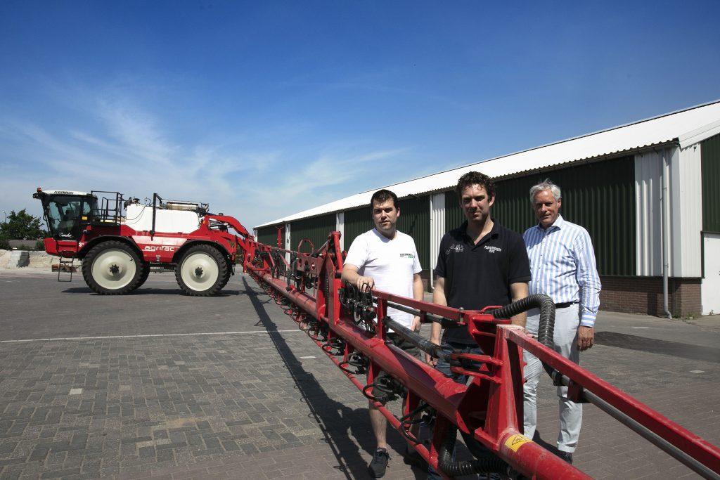 Collectieve wasplaats landbouwvoertuigen voor gewasbescherming in de Peel