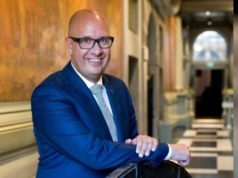'Werkgevers, wees je bewust van de risico's van terugkerende vakantiegangers' – Jack Mikkers, voorzitter Veiligheidsregio Brabant-Noord