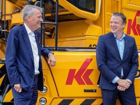 Hans de Boer brengt bezoek aan Brabantse Spierings Mobile Cranes tijdens afscheidstournee